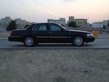 فورد جراند ماركيز (سعودي الحاج حسين) نظيف جدا ماشي 82الف كيلو